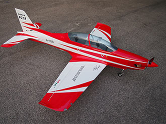 Pilatus PC-21 2100 mm ROJO/BLANCO (SebArt)